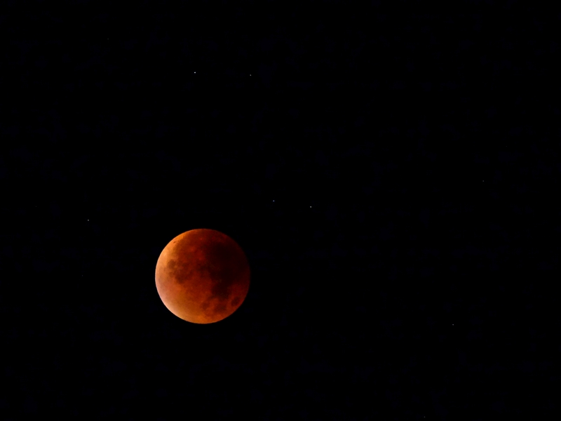 Totale Mondfinsternis am 28.09.2015